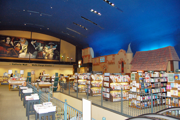Some of the interior of the Chateau Barnes & Noble in Rochester, Minnesota. This building used to be the first theater in town and was converted into a bookstore instead of being torn down.